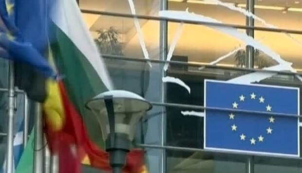 ЕС вводит дополнительные ограничения в отношении Крыма