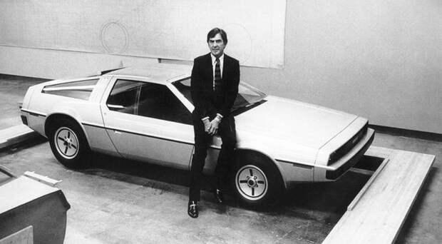 Его это совсем не расстроило, а наоборот он взялся за реализацию своей давней мечты и осенью 1975 года зарегистрировал в Детройте новую компанию имени себя – DeLorean Motor Company. delorean dmc-12, dmc-12, авто, автодизайн, автомобили, делореан, машина времени, назад в будущее