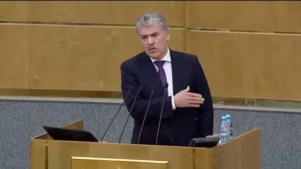 Отныне Павел Грудинин будет заседать в Госдуме РФ, что вовсе не радует теряющих поддержку «единороссов»