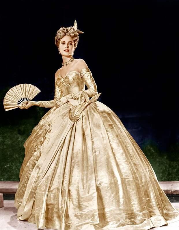 Обманула Голливуд и стала самой великой художницей по костюмам, номинированной на Оскар 35 раз