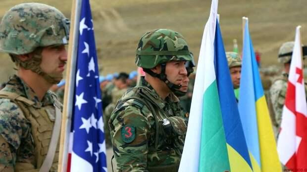 Тройственный союз под эгидой Киева: Блинкен и Кулеба пытаются превратить остатки ГУАМ в военный альянс