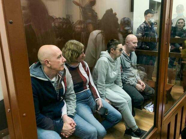"""Россия превратилась в фабрику """"суррогатных"""" детей для китайцев и геев?"""