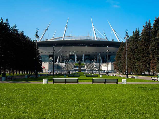 Источник: УЕФА перенесет матчи Евро-2020 из Дублина в Петербург