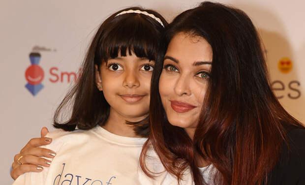 Звезда Болливуда Айшвария Рай и ее 8-летняя дочь экстренно госпитализированы с осложнениями от коронавируса