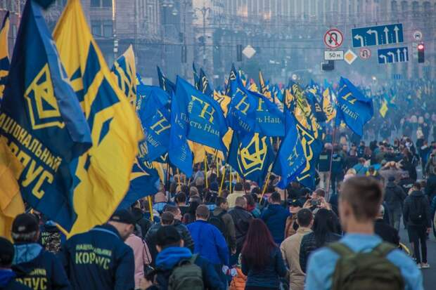 Василий Волга: Марш нацизма