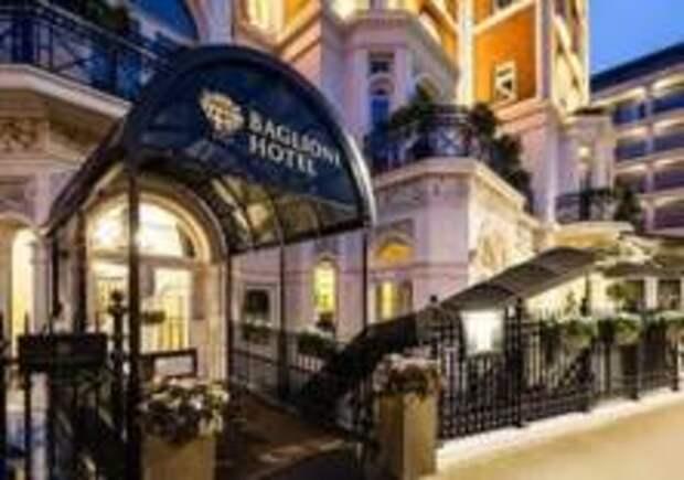 Лондонский отель приглашает в гости к королеве