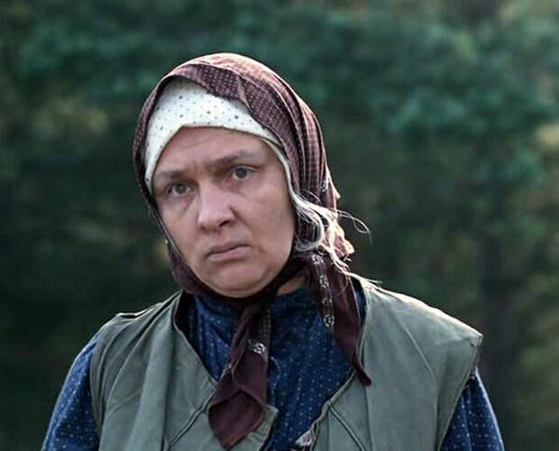 Как выглядела в юности баба Шура из «Любовь и голуби» и как она менялась с течением времени.