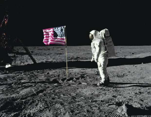 дональд трамп, луна, ресурсы, освоение, дикий запад