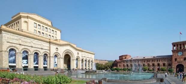 Полномасштабный политический кризис: эксперты о событиях в Армении