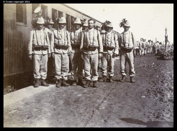 Итальянские войска прибыли на железнодорожный вокзал