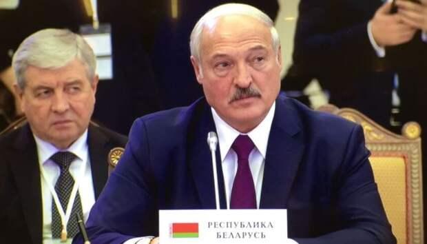 Лукашенко предложил создать не завязанную на президенте систему