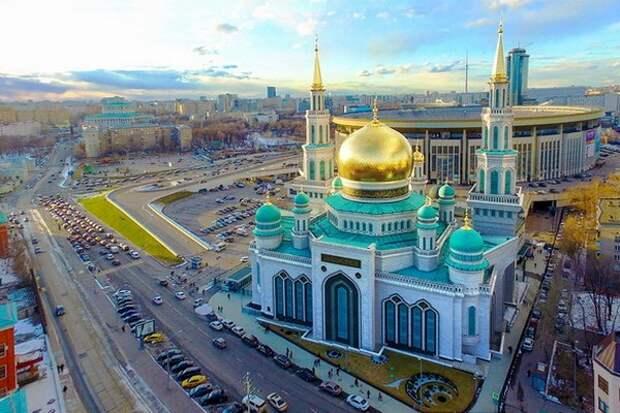 Гайнутдин призвал построить в парке «Патриот» храмы других религий