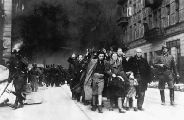 Департация евреев в Варшаве.