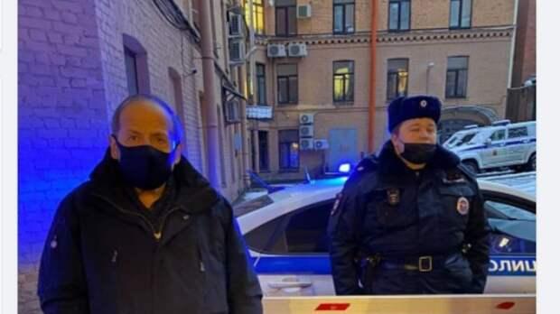 Мать школьницы, задержанной на незаконной акции в Петербурге, может стать фигуранткой уголовного дела