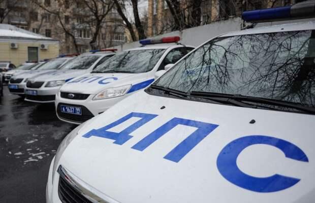 «Паровозик» из четырех машин собрался на Угрешской
