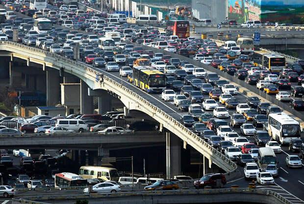 Почему и для кого надо запретить въезд машин с ДВС в центр города