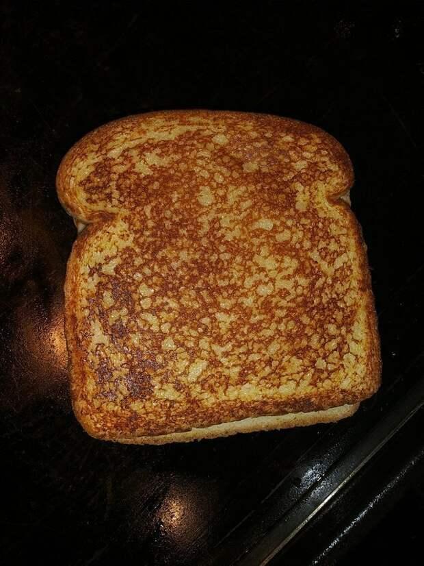 6. Словно этот тост кто-то раскрасил идеально, красиво, перфекционизм, фото, четко