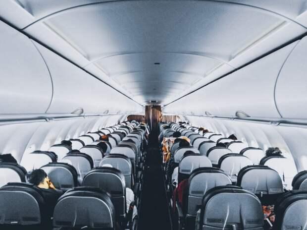 Рейс авиакомпании Alaska Airlines эвакуировали после самовозгорания телефона пассажира
