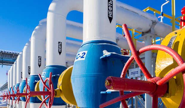 Более чем вдва раза сократился экспорт российской нефти виюле 2020