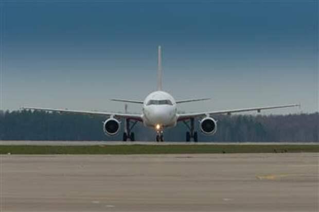 С 15 февраля Россия возобновит авиасообщение с Азербайджаном и Арменией
