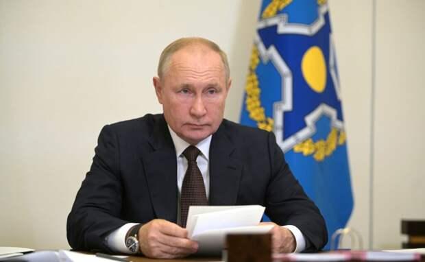 Путин рассказал о десятках заразившихся COVID-19 в его окружении