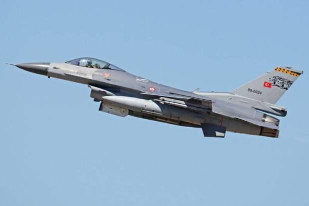 Стало известно об инциденте с участием турецких и греческих F-16