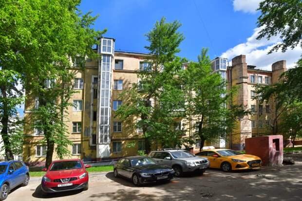На 1-й Дубровской отремонтировали дом 1928 года постройки