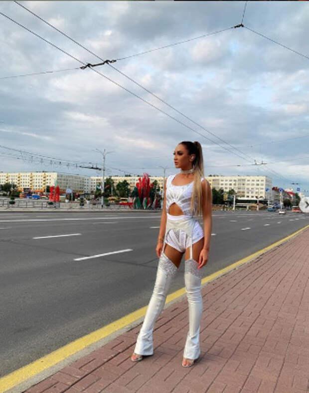 Ольга Бузова и ее 20 самых обсуждаемых нарядов