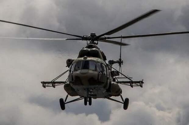 Сайт Avia.pro: российские вертолеты разогнали военных США на северо-востоке Сирии