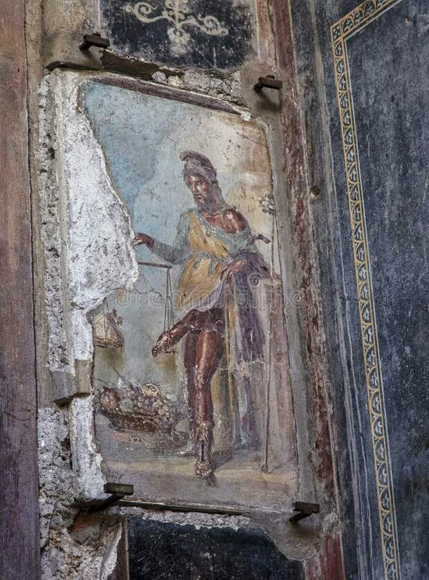 Вот так она выглядит сейчас: закрыта толстым закаленным стеклом во избежание порчи ее вандалами. археология, история, расследование, тайны