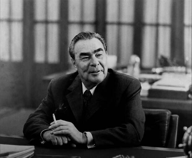 """О чувстве юмора Брежнева. """"Я королём был избран всенародно"""""""