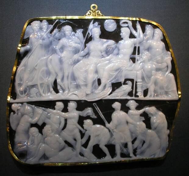 Одна из знаменитых камей:«Камея Августа»