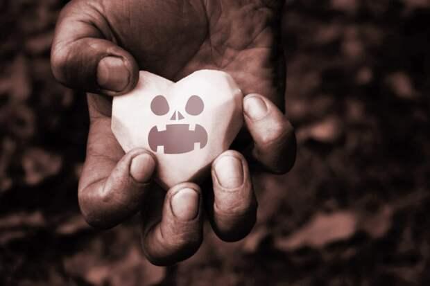 Признаки, которые помогают распознать человека со злым сердцем
