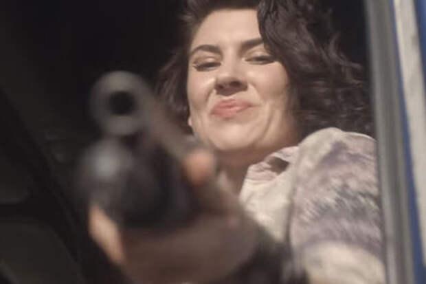Сексапильная дальнобойщица с ружьем – новые эпизоды мини-сериала Audi