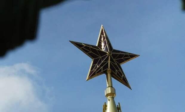В США раскрыли коронавирусный заговор «трех империй лжи»