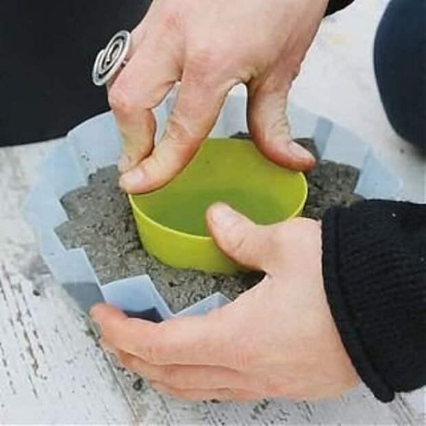 Вазы для цветов своими руками. Из бетона