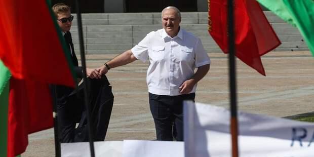 """Ремчуков объяснил, почему """"Лукашенко всё"""", и сравнил его с бабкой у подъезда"""