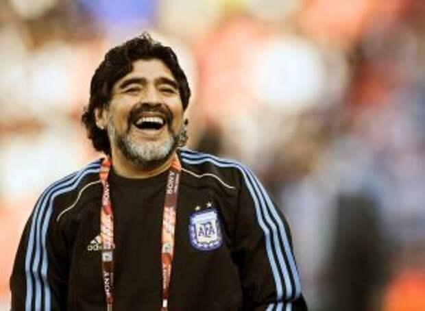 Адвокат Марадоны заявил, что легендарный футболист умер из-за плохого лечения