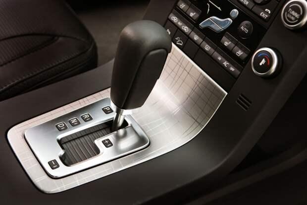 Перечислены четыре ошибки при использовании автоматической коробки передач