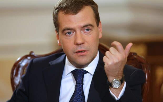 Переговоров с Украиной не будет, потому что вассалы