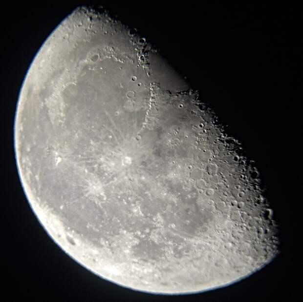 В Москве завершился эксперимент по имитации полета на Луну