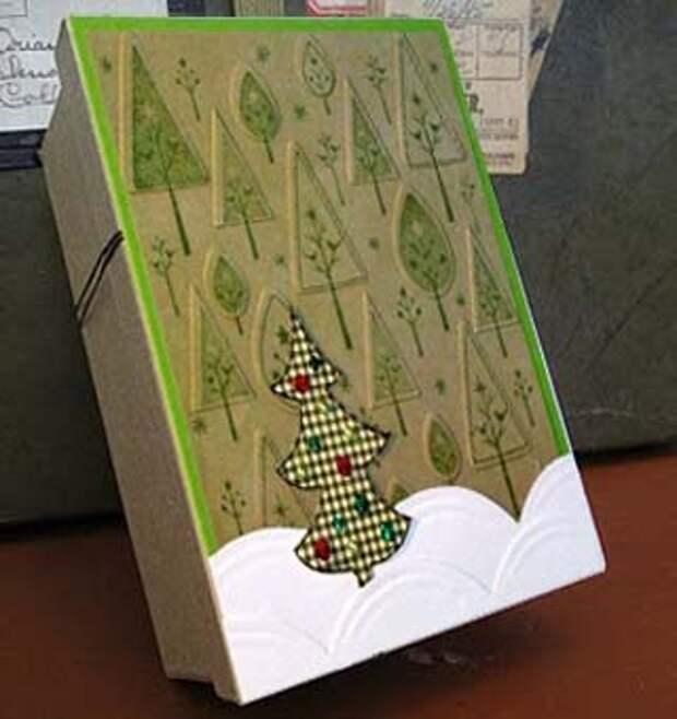 Сочетание разных типов бумаги в упаковке подарка