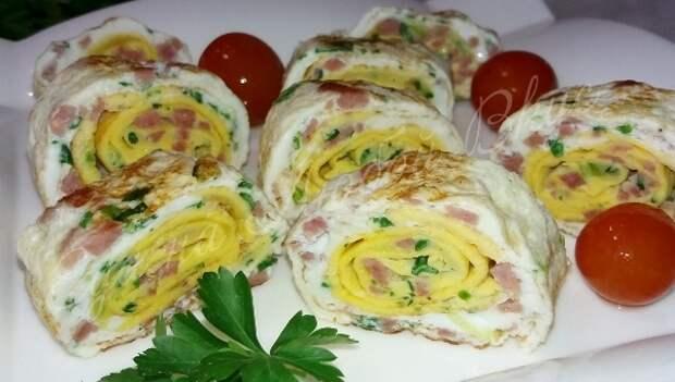 Яркий и легкий ЗАВТРАК из яиц! Необычно и вкусно, попробуйте. Завтрак, Яйца, Роллы, Еда, Кулинария, Видео рецепт, Вкусно, Видео, Длиннопост