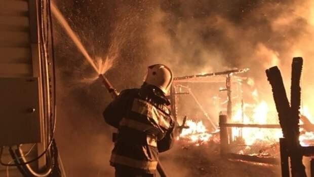 Спасатели ликвидировали открытое горение в жилом доме под Нижним Новгородом