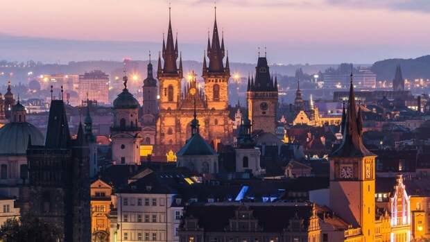 Сенат Чехии призвал расторгнуть договор о сотрудничестве с Россией