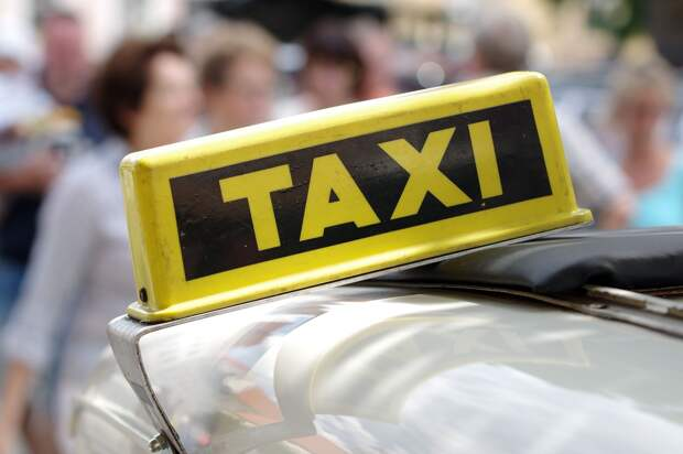 Водителей такси проверят в Ижевске