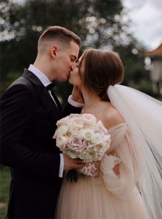 Сын Валерии Арсений Шульгин женился: как прошла пышная свадьба с участием звезд