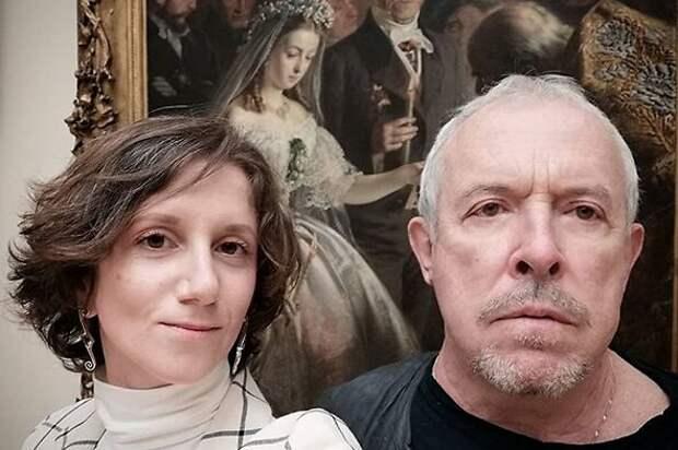 «Минус 10 лет»: как Андрей Макаревич изменился с молодой женой