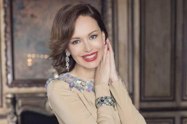 Известная актриса набросилась на Ирину Безрукову устроив скандал