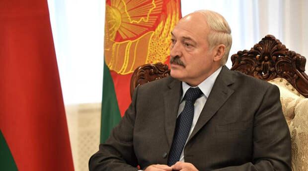 Александру Лукашенко «никаких денег не жалко»: он назвал цену российской вакцины